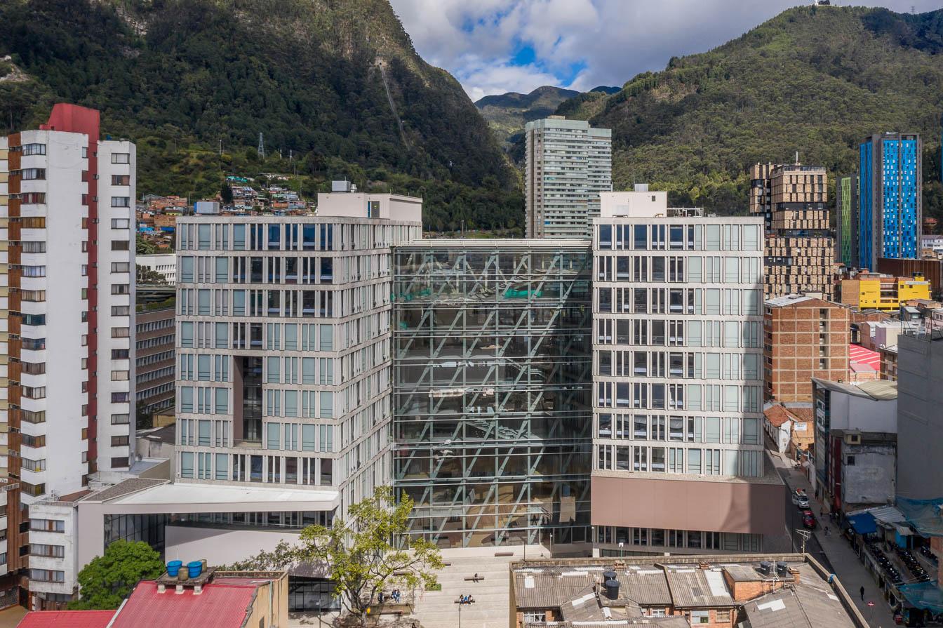 Universidad Central Campus Vertical- tab Bonilla