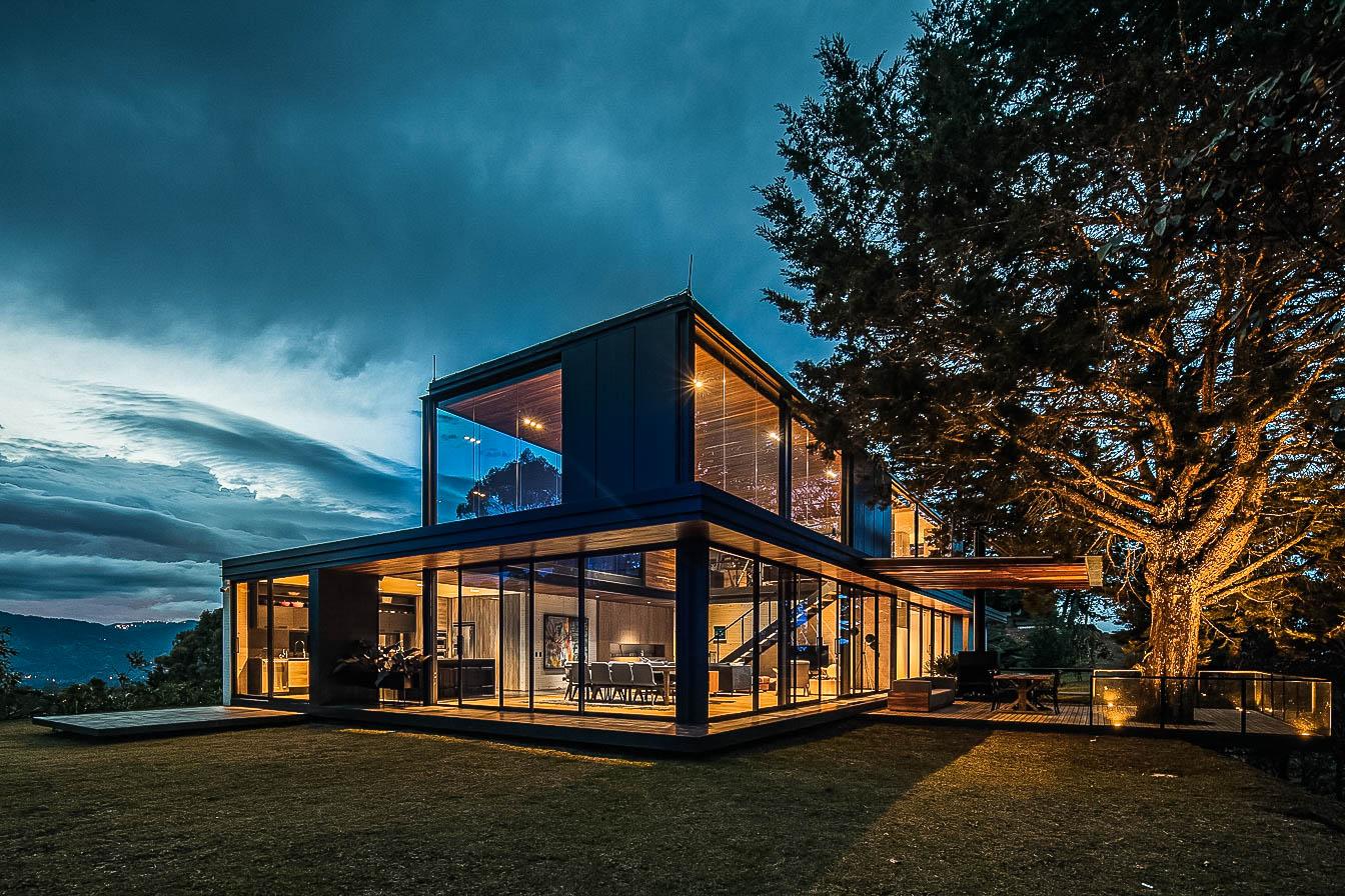 Casa EntreBosques - Llano Arquitectos